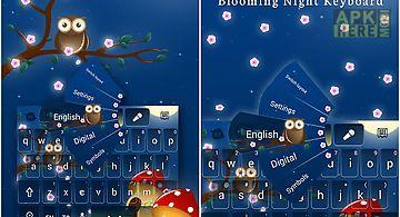 Blooming night keyboard theme