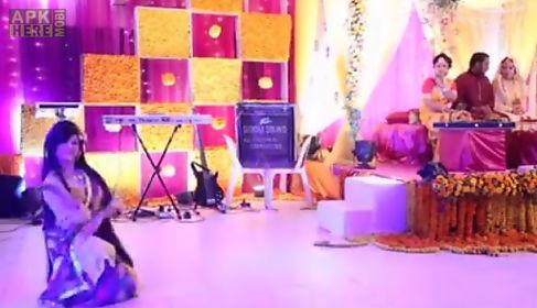 Mehndi Songs Video For Wedding