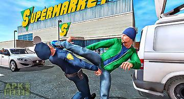 Supermarket criminal escape